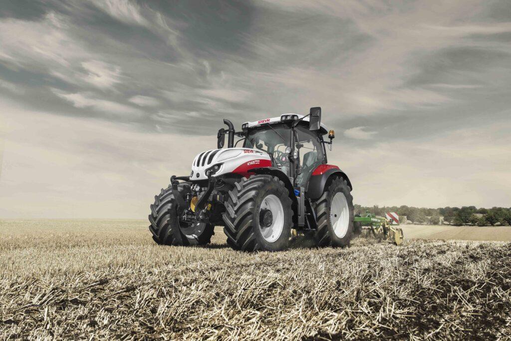 STEYR Profi traktorok S-Control 8 hajtóművel a Magtár-tól